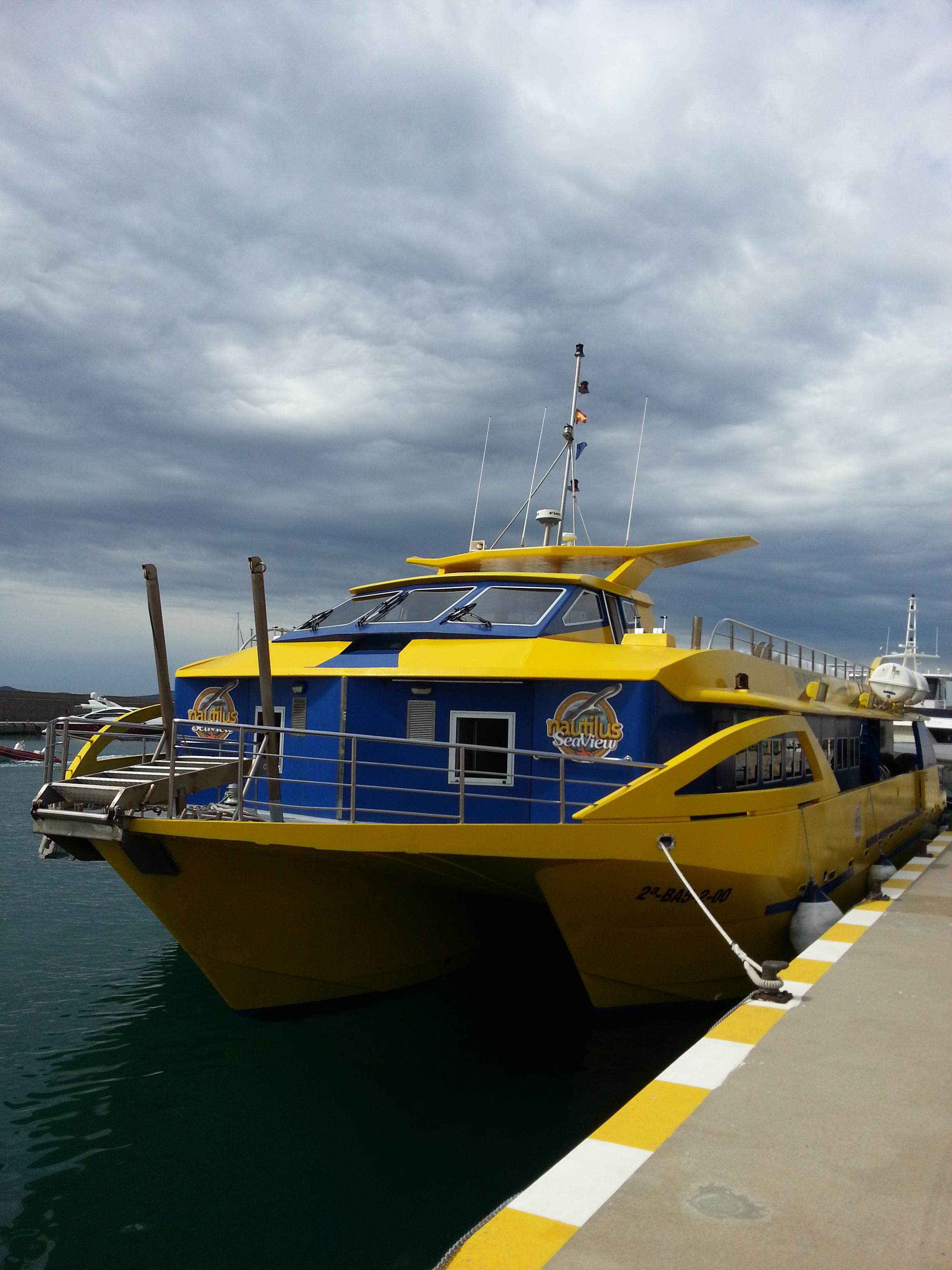 Nautilius boat trips